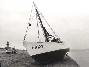 iv Mischief II FD123